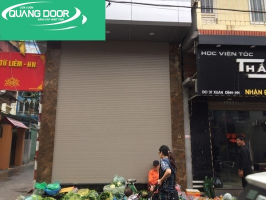 Cua Cuon Quang Door